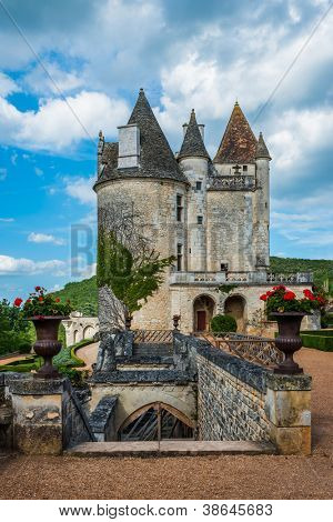 Chateau des milandes who belong to josephine baker in dordogne perigord France