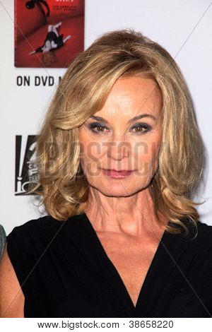 LOS ANGELES - OCT 13:  Jessica Lange arrives at the