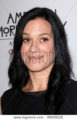 LOS ANGELES - OCT 13:  Franka Potente arrives at the