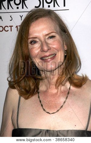 LOS ANGELES - OCT 13:  Frances Conroy arrives at the