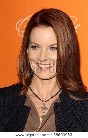"LOS ANGELES - OCT 16:  Laura Leighton arrives at  ""Pretty Little Liars"" Special Halloween Episode Screening at Hollywood Forever Cemetery on October 16, 2012 in Los Angeles, CA"