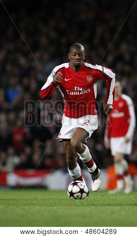 LONDON, ENGLAND. 31/03/2010. Arsenal player Abou Diaby in action during the  UEFA Champions League quarter-final between Arsenal and Barcelona at the Emirates Stadium