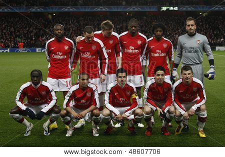 LONDON, ENGLAND. 31/03/2010.  Arsenal team before the  UEFA Champions League quarter-final between Arsenal and Barcelona at the Emirates Stadium