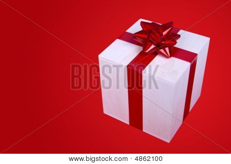 Single Present Box With Red Ribbon