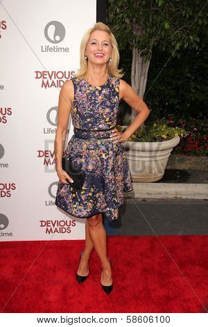 Katherine LaNasa at the
