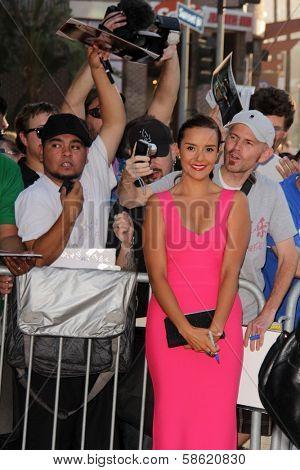 Catalina Sandino Moreno with fans at