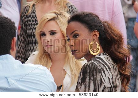 Demi Lovato and Kelly Rowland at
