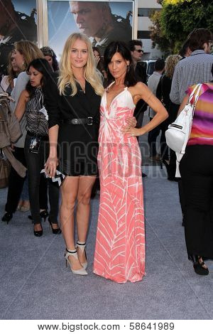 Leven Rambin and Perrey Reeves at the