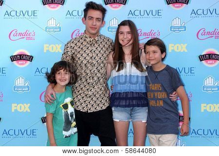 Kevin McHale with his niece and nephews at the 2013 Teen Choice Awards Arrivals, Gibson Amphitheatre, Universal City, CA 08-11-13