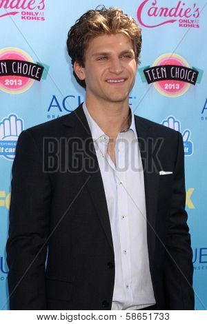 Keegan Allen at the 2013 Teen Choice Awards Arrivals, Gibson Amphitheatre, Universal City, CA 08-11-13