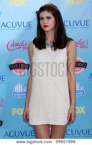 Alexandra Daddario at the 2013 Teen Choice Awards Arrivals, Gibson Amphitheatre, Universal City, CA 08-11-13