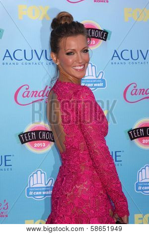 Katie Cassidy at the 2013 Teen Choice Awards Arrivals, Gibson Amphitheatre, Universal City, CA 08-11-13