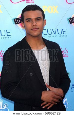 Jacob Artist at the 2013 Teen Choice Awards Arrivals, Gibson Amphitheatre, Universal City, CA 08-11-13