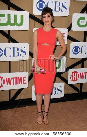 Lizzy Caplan at the CBS, Showtime, CW 2013 TCA Summer Stars Party, Beverly Hilton Hotel, Beverly Hills, CA 07-29-13