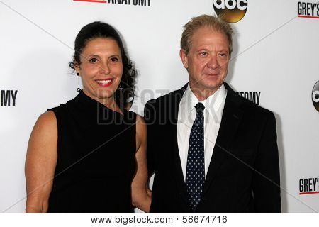 Linda Lowy and Jeff Perry at the