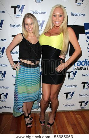 Brandy C. and Mary Carey on the set of