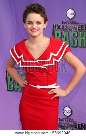 Joey King at the Hub Network First Annual Halloween Bash. Barker Hangar, Santa Monica, CA 10-20-13
