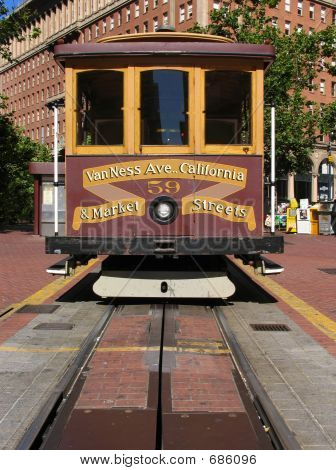 San Francisco Cable Car At California Street Terminus