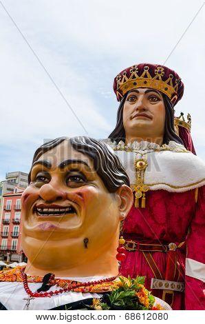 Giants And Big Heads