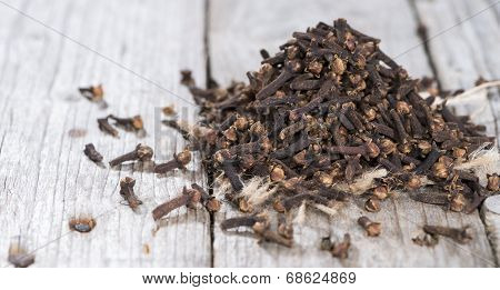 Portion Of Cloves