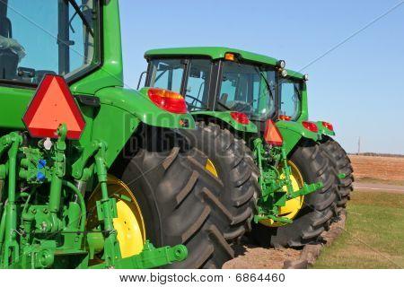 Modern Farm Tractors