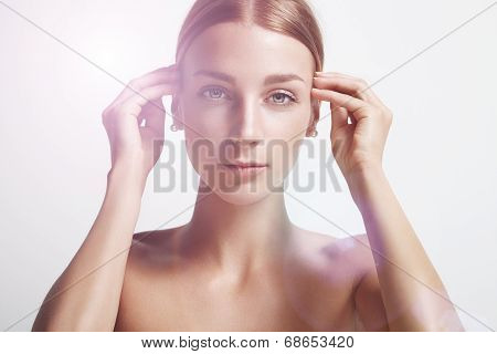 Beauty Woman Take Off Her Hair