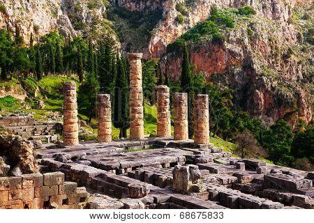 Ruined temple in Delphi
