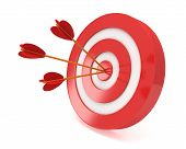 picture of projectile  - Three arrows in red aim target - JPG
