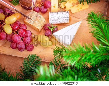 Christmas dinner at home, cheese and wine table setting, cozy atmosphere, Christmas eve celebration