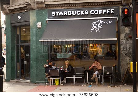 starbucks coffeeshop