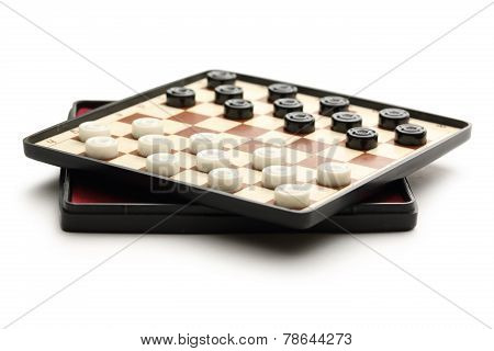 Traveling Draughts On Playing Field