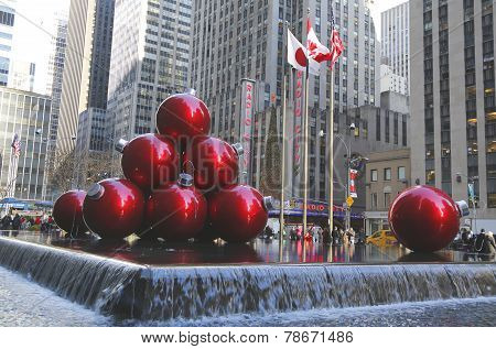 Christmas decorations in Midtown Manhattan near Rockefeller Center