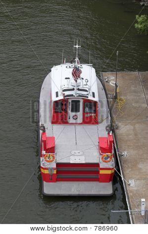 fireboat down below