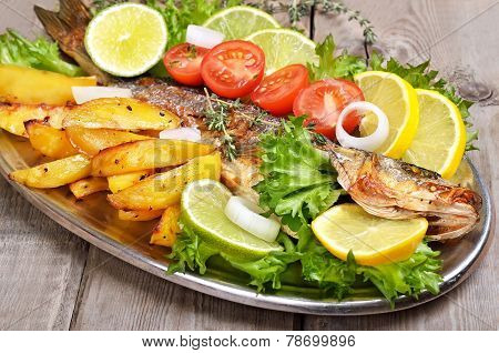 Baked Potato Wedges And Grilled Fish