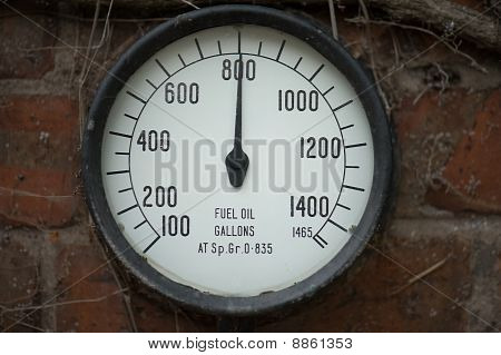 Fuel Oil Gauge