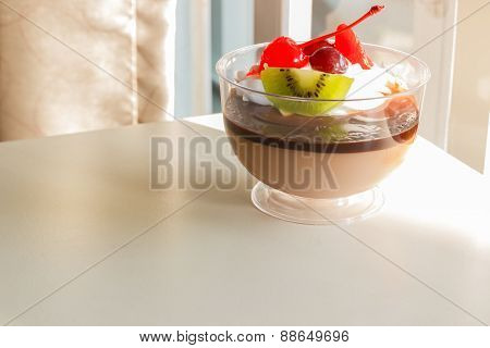 Chocolate Pudding Mousse With Mix Fruit