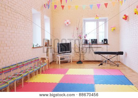 Room for music lessons and singing in the kindergarten.