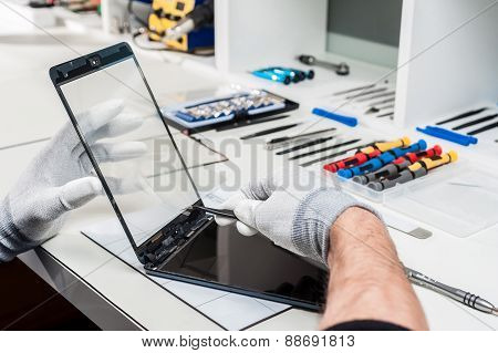 Repair phones and smartphones