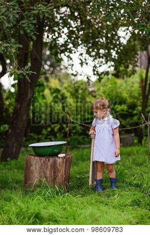 Girl  With A Washboard, A Little Helper