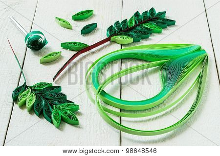 Design Elements In The Technique Of Quilling: Leaves Rowan