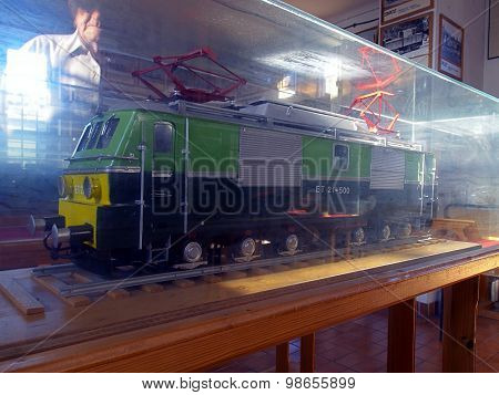 Mini electric locomotive.