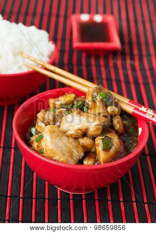 Chicken Kung Pao - Traditional Chinese Dishes