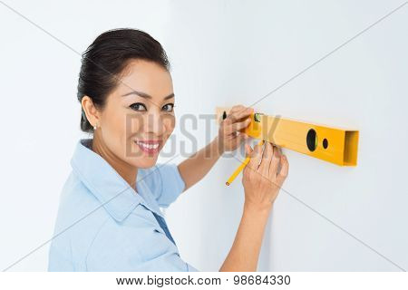 Doing Marks On The Wall