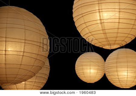 Balloon Paper Lamps Horizontal