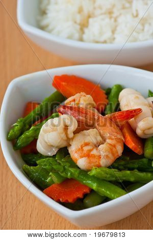 Thai food, Stir-fried asparagus with seafood