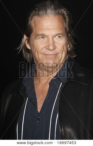 SAN DIEGO - JUL 23:  Jeff Bridges at  the Tron' MySpace Party during the 2010 Comic-Con  at Flynn's Arcade on July23, 2010 in San Diego, CA.
