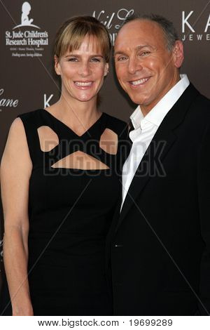 LOS ANGELES - JUL 22:  Rachel Griffiths & Neil Lane arrives at the Neil Lane Bridal Collection Debut at Drai's at The W Hollywood Rooftop on July22, 2010 in Los Angeles, CA ....