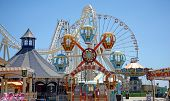 foto of amusement park rides  - Colorful amusement park rides - JPG