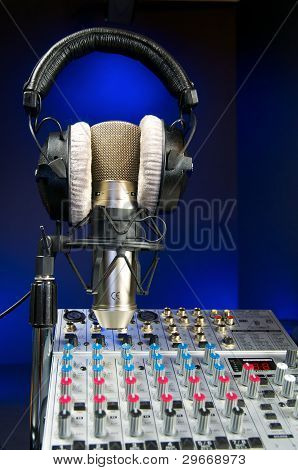 Mixer, Mic And Headphones