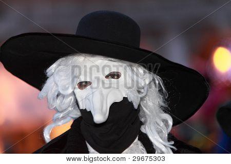 Volto Mask
